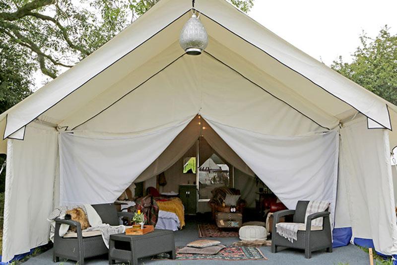 safari en-suite tent glamping